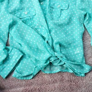 NEWBlue/sea foam polka dot tie front button up top